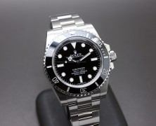 Rolex Submariner No Date Ceramic 114060 40 mm