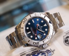 Rolex Yacht-Master Blue Sunray Dial 40 mm Ref.16622 (NOS)