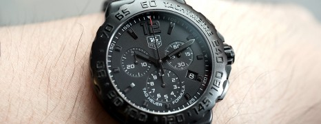 Tag Heuer F1 Quartz Chronograph Black Titanium 42 mm