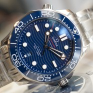 Omega Seamaster Diver 300M Omega Master Co-Axial Blue Dial 42 mm (รุ่นใหม่หน้าคลื่น)