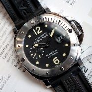 Panerai 24 Luminor Submersible Automatic 44 mm S.M