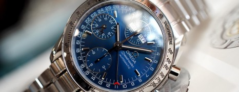 Omega Speedmaster Triple Date Day-Date Chronograph Blue Dial 39 mm