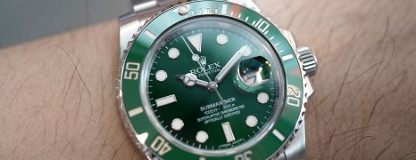 Rolex Submariner Date Green Ceramic 116610LV 40 mm (The Hulk) 01/2016