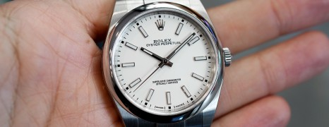 Rolex Oyster Perpetual White Dial 39 mm REF.114300 (LIKE NEW 04/2019)