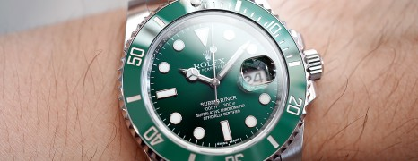 Rolex Submariner Date Green Ceramic 116610LV 40 mm (The Hulk) (08/2018)