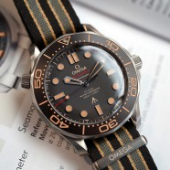"""Omega Seamaster Diver 300M """"007 Edition"""" 42 mm : NO TIME TO DIE (Thai AD 02/2020)"""