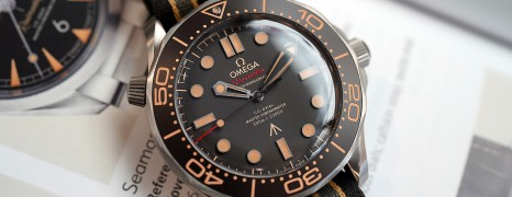 "Omega Seamaster Diver 300M ""007 Edition"" 42 mm : NO TIME TO DIE (Thai AD 02/2020)"