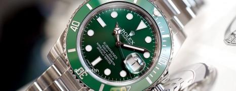 Rolex Submariner Date Green Ceramic 116610LV 40 mm (The Hulk) (04/2015)
