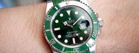 Rolex Submariner Date Green Ceramic 116610LV 40 mm (The Hulk) (11/2012)