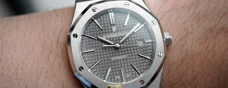 AP Audemars Piguet Royal Oak Grey Dial 41 mm REF.15400ST.OO.1220ST.04 (02/2018)