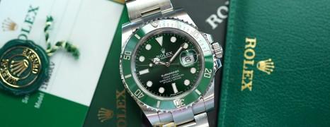 Rolex Submariner Date Green Ceramic 116610LV 40 mm (The Hulk) (03/2019)