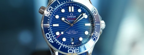 NEW!!! Omega Seamaster Diver 300M Co-Axial Master Chronometer Blue Dial 42 mm (Thai AD 04/2021)