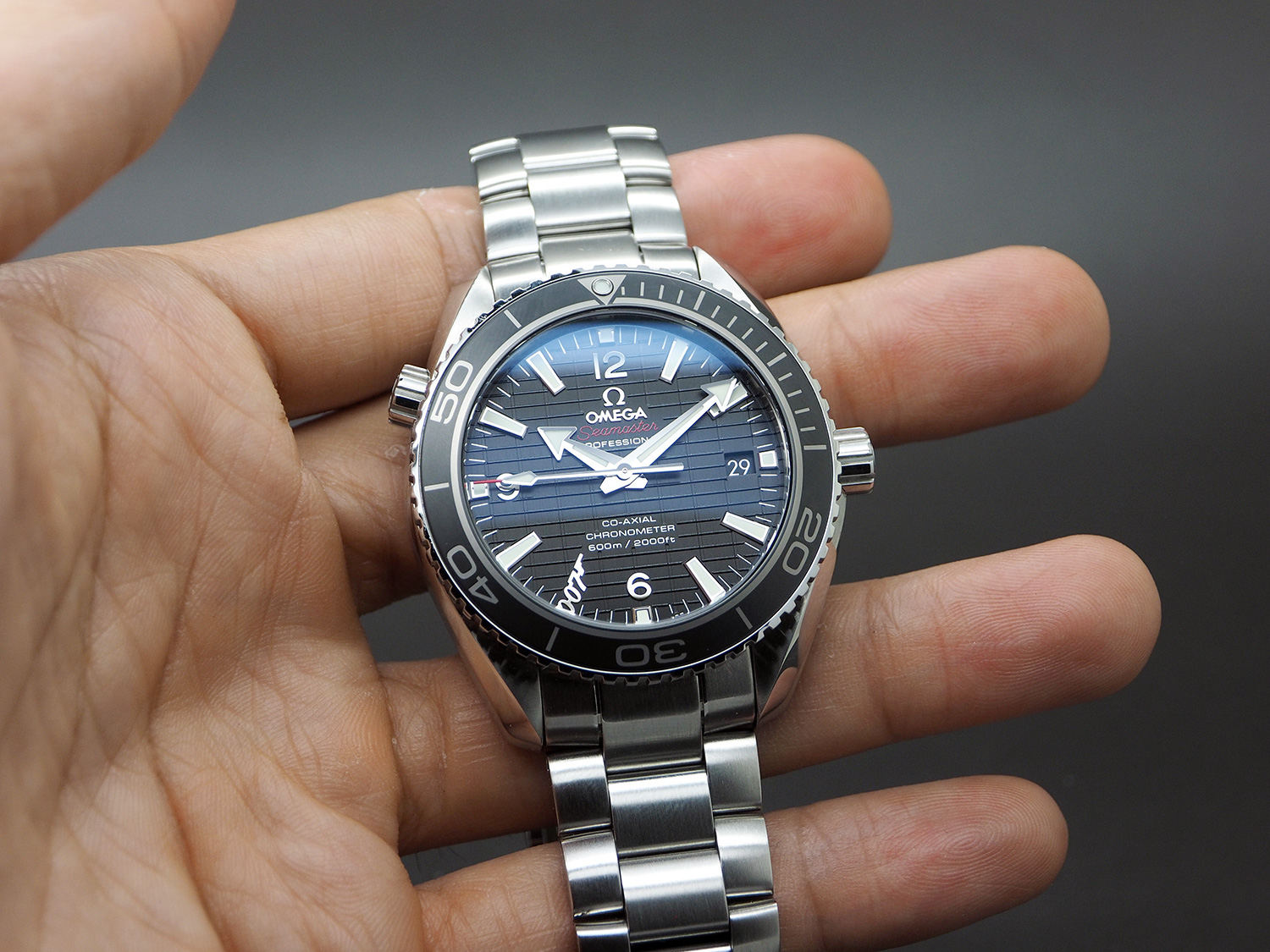 Omega Seamaster Planet Ocean Automatic Black Ceramic 42 mm 007 SKYFALL Limited Edition 7