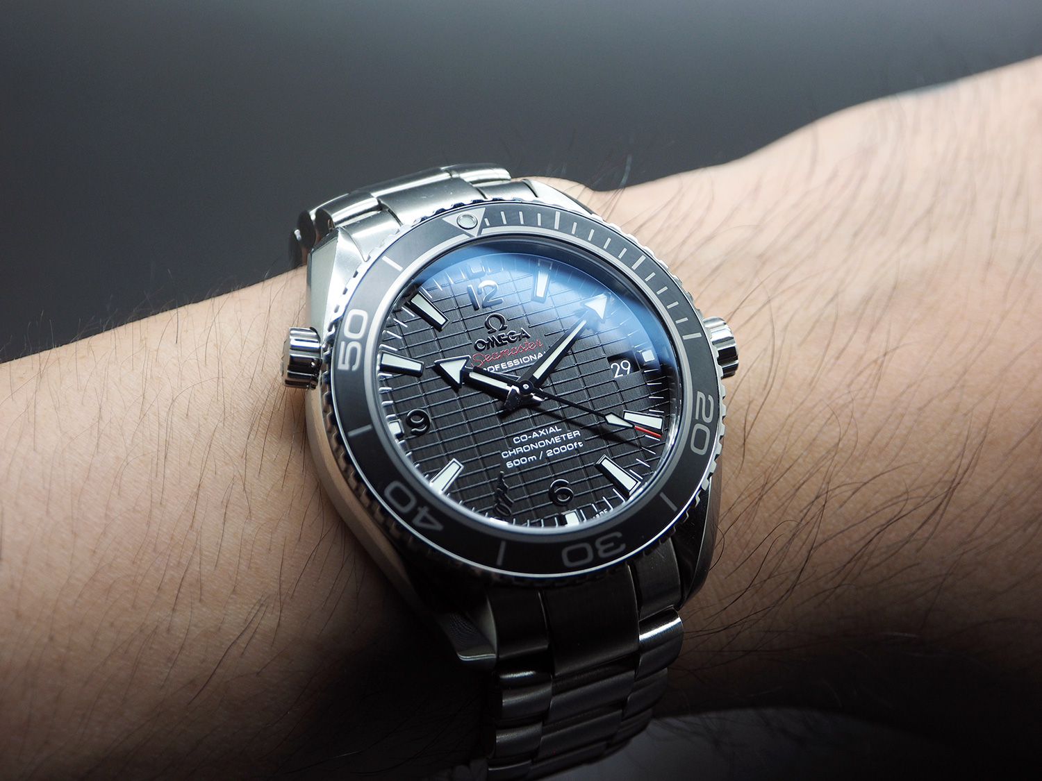 Omega Seamaster Planet Ocean Automatic Black Ceramic 42 mm 007 SKYFALL Limited Edition 8