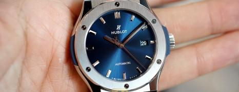 Hublot Classic Fusion Titanium Blue Dial 42 mm (Thai AD 07/2019)