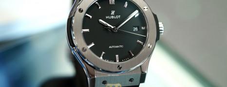 NEW!!! Hublot Classic Fusion Titanium Black Dial 42 mm (NEW 02/2021)