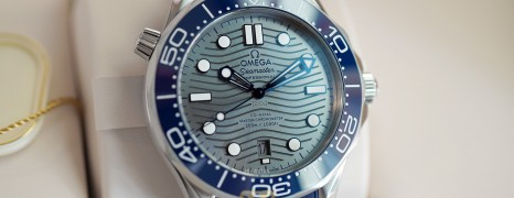 NEW!!! Omega Seamaster Diver 300M Omega Co-Axial Master Chronometer Grey Dial 42 mm (Thai AD 05/2021)