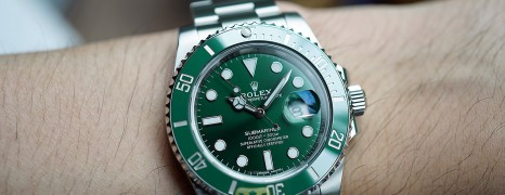 Rolex Submariner Date Green Ceramic 116610LV 40 mm (The Hulk) (01/2020)