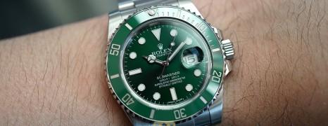 Rolex Submariner Date Green Ceramic 116610LV 40 mm (The Hulk) (09/2015)
